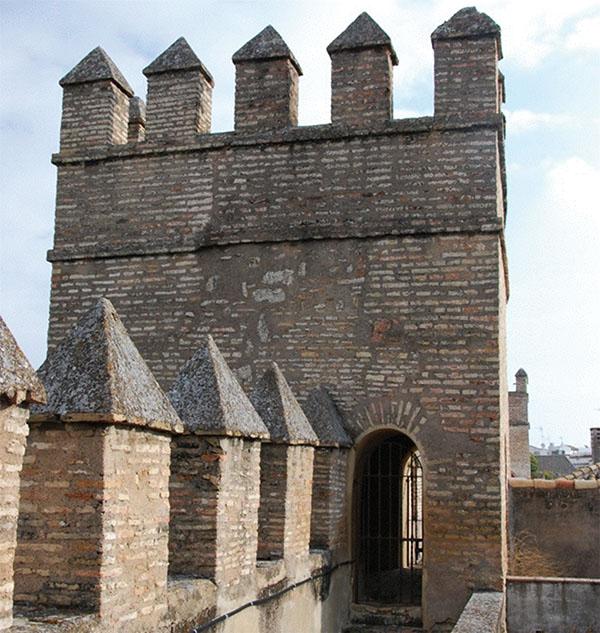 Cámaras de las torres centrales del lienzo Septentrional (recinto I) realizadas en aparejo mixto irregular