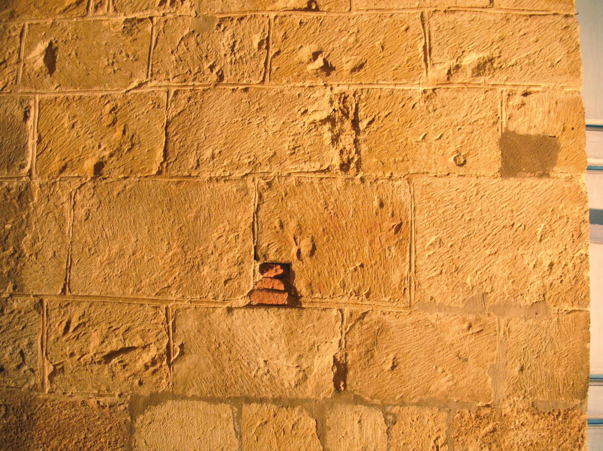 San Isidoro de León  Construcción y reconstrucción de una