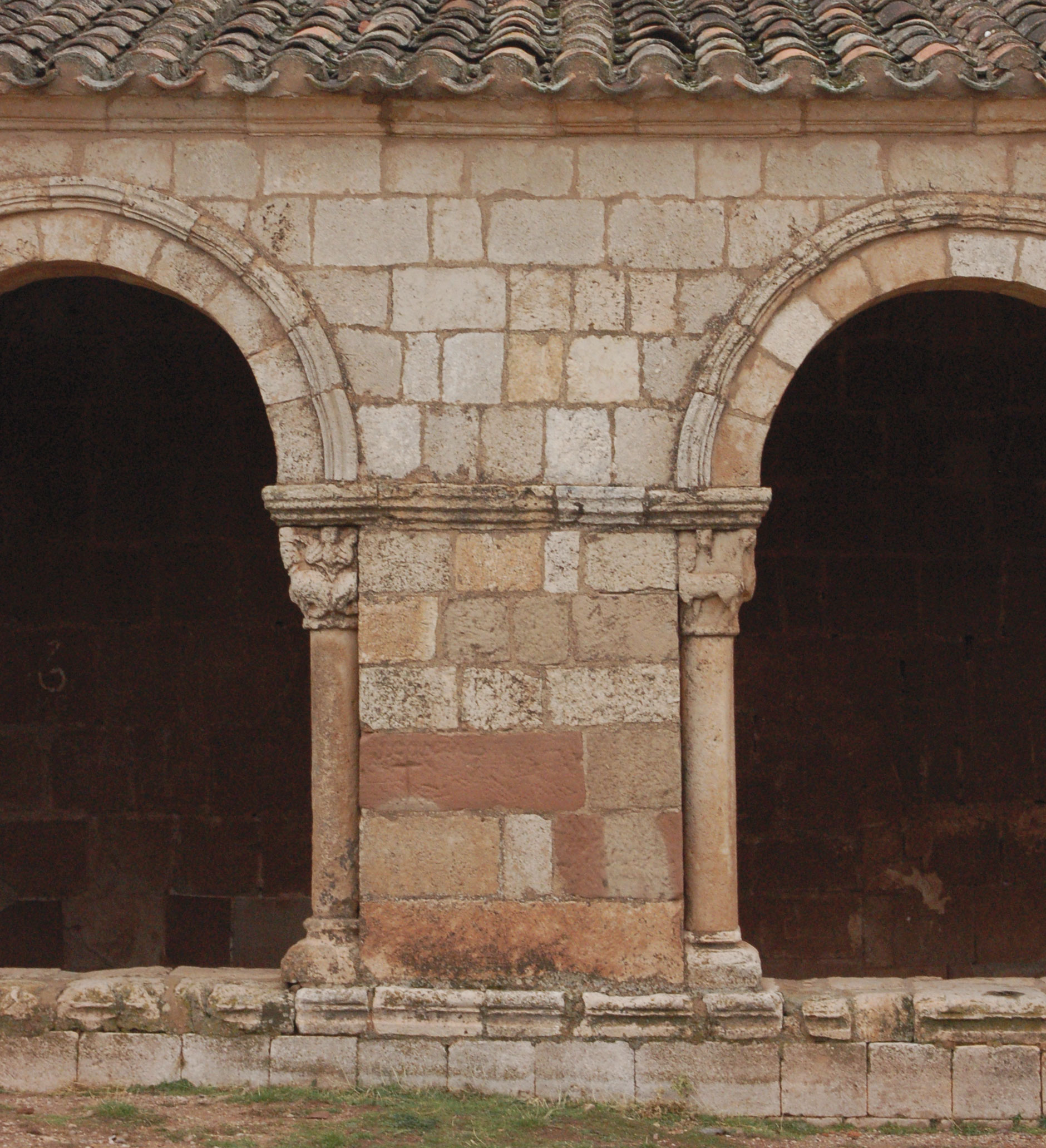 Nuestra Señora de Tiermes (Montejo de Tiermes, Soria). De una ermita ...